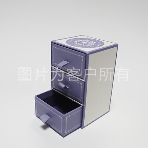 Custom boutique boxes